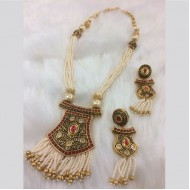 White color Stone & pearl Jaipuri gold pleated necklace(lf)