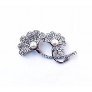 Diamond Cut Stone Setting Brooch